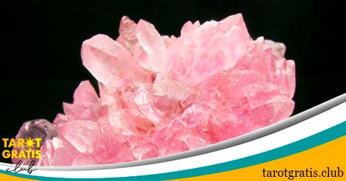 piedra de tauro - amatista y cuarzo rosa - tarot gratis club